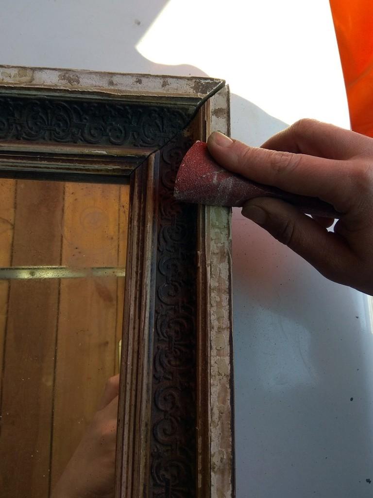 Реставрация зеркала в деревянной раме